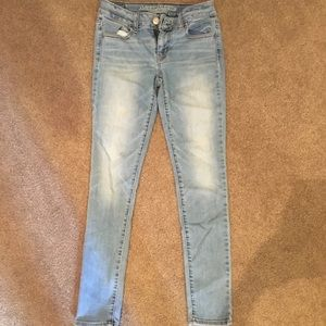 American Eagle Outfitters Light Blue Denim Jegging